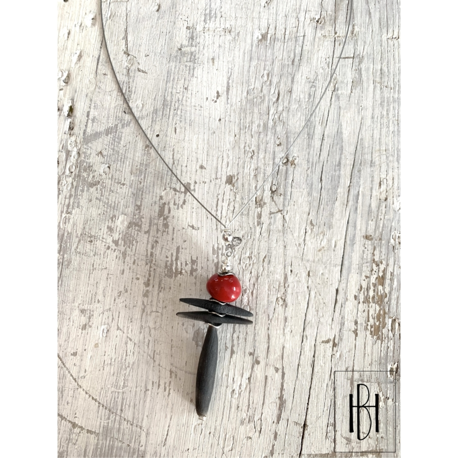 Piros raku balerina nyaklánc